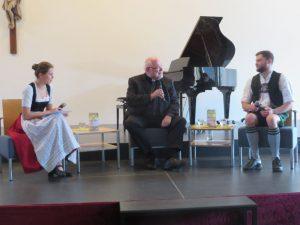 90 Jahre St. Matthias: Kardinal Marx stellt sich freimütig den Fragen der Schülerschaft.