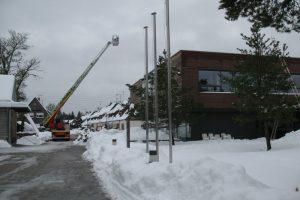 schnee-auf-dem-dach-08